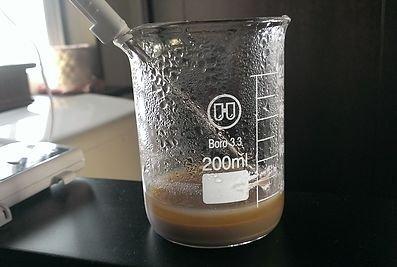 個人宅で合成した細胞培養液原料